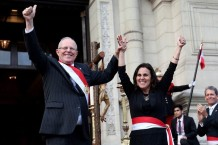 President Pedro Pablo Kuczynski and Patricia García. Photo courtesy of the Ministry of Health of Peru Twitter feed.